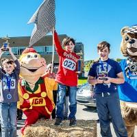 Les gagnants dans la catégorie 9 à 11 ans : Zachary Jean, premier; Nicolas Chartrand, deuxième; et Diego Perreault Hayes, troisième  Crédit : Rosaire Godin