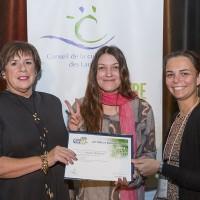 Photo: Lucien Lisabelle ; Johanne Dumouchel, directrice CJE d'Argenteuil; Noémi Thébalt, lauréate Prix Jeune relève; Anne-Marie Lachelle, administratrice au CCL.