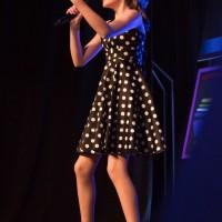 Choix du public :  Marianne Senez (chant) Dans la catégorie 5 à 12 ans