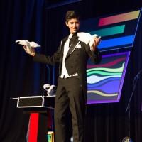 1re place : Nicky Circelli (cirque) Dans la catégorie 13 à 17 ans