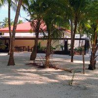 Ari Villa. Île de Mathiveri, Ari Atoll Nord – Photo Jean-Guy Joubert.