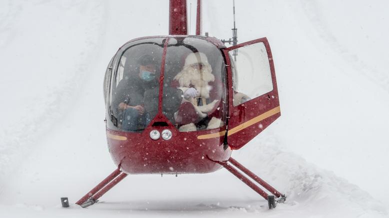 Pere noel en hélicoptère - journal des citoyens